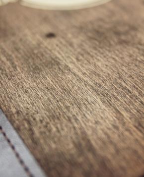ETJ Printing Service BVBA - Onze producten - Menukaarten in hout